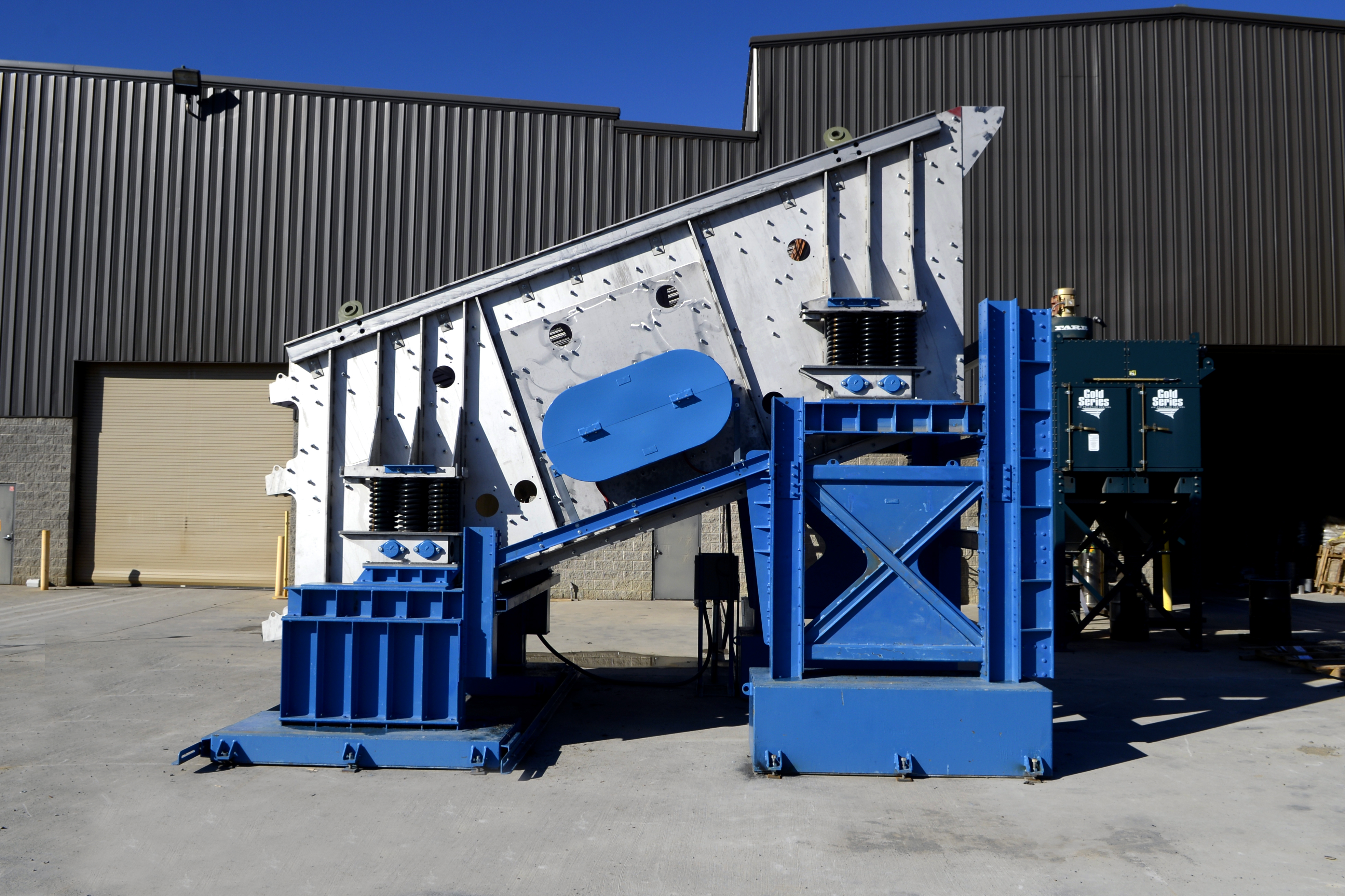 Stainless Steel Triple Deck Vibrating Screen Side View